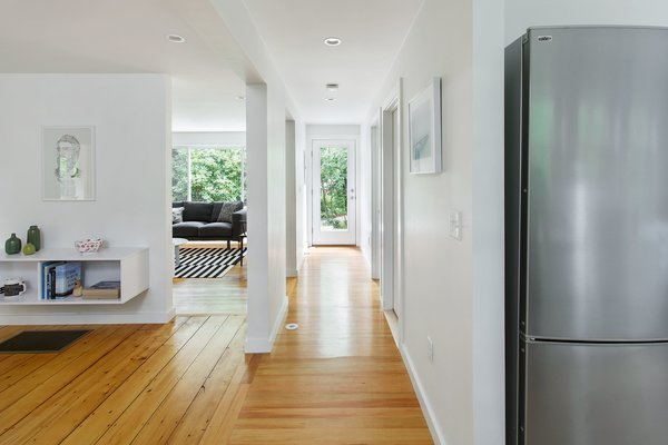 Photo 2 of The Bracy House modern home
