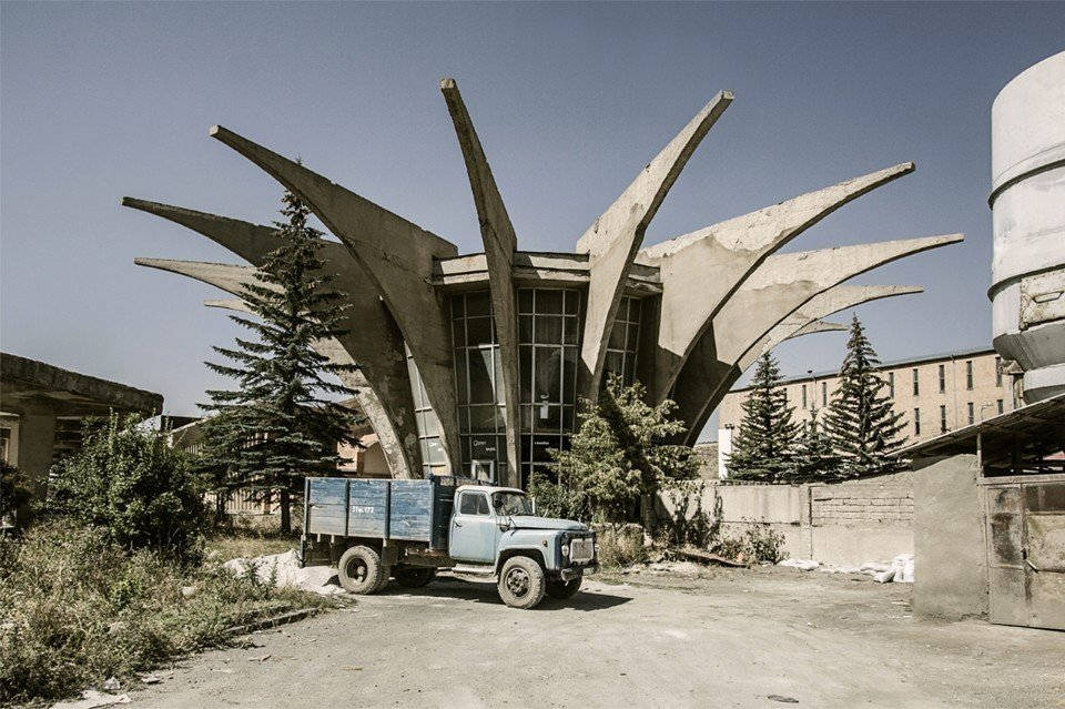 Henrik Arakelyan, Central bus station (now disused), 1978. Hrazdan, Armenia