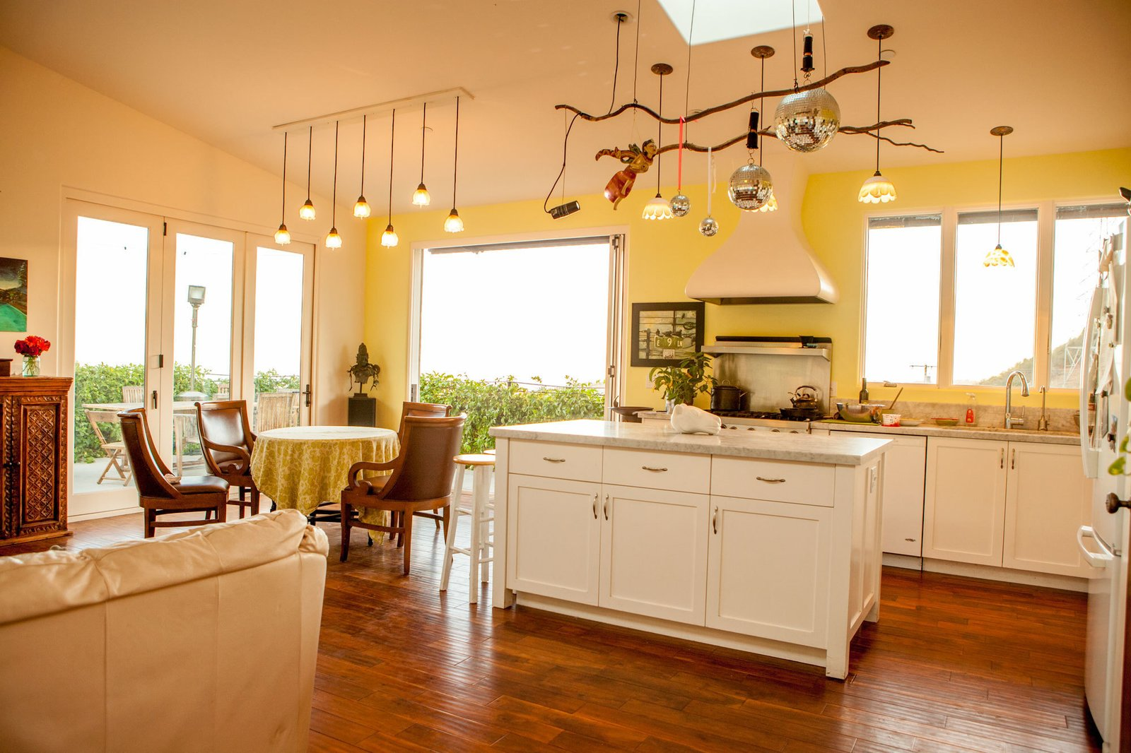 Metcalfe Residence by Jeff Shelton Architect