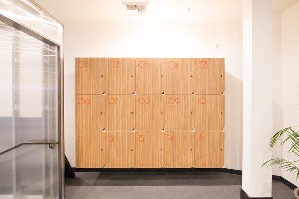 Modern home with hallway. Photo 7 of Impact Hub