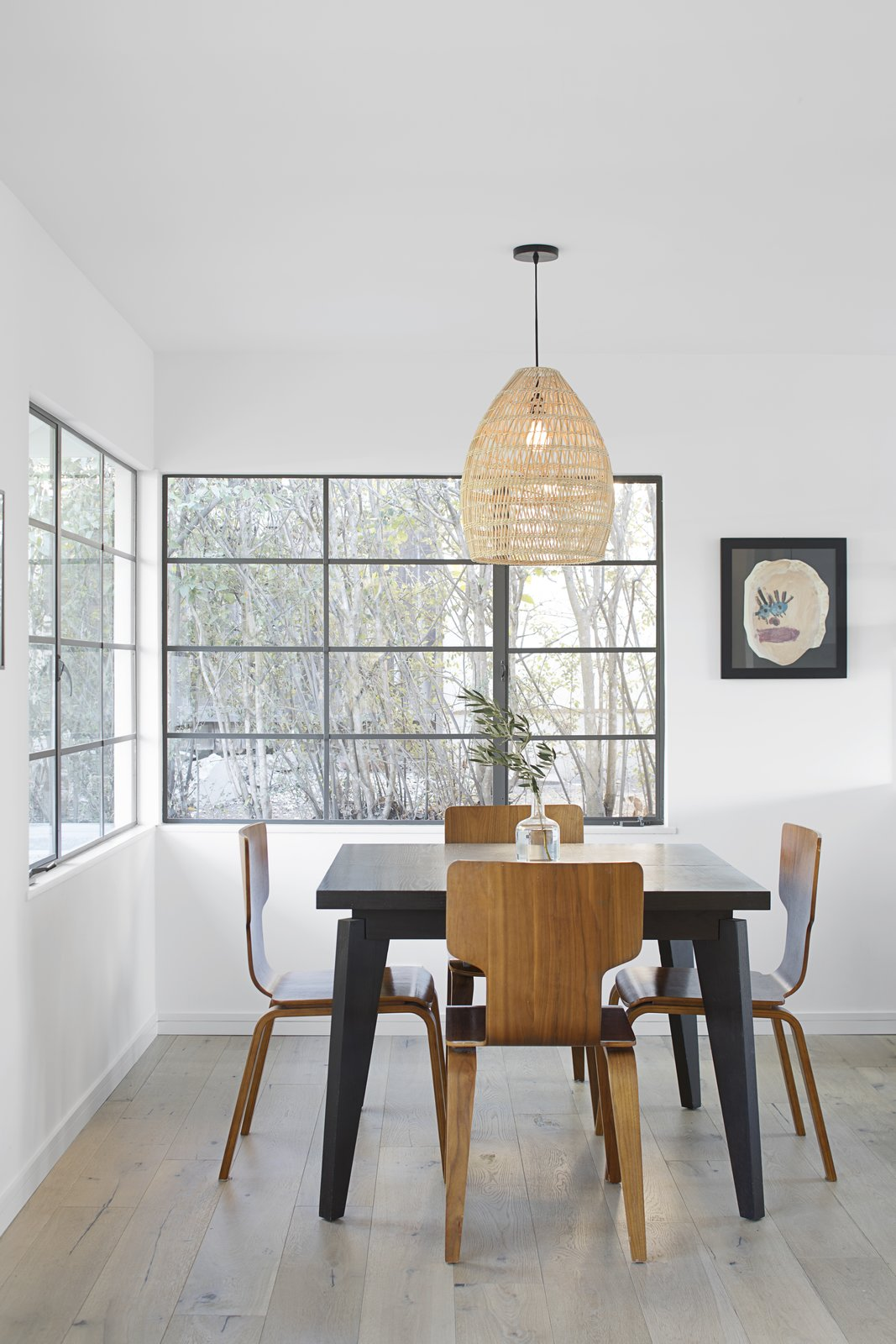 Tagged: Dining Room, Chair, Table, and Ceiling Lighting.  Vista De la Cumbra by ANACAPA