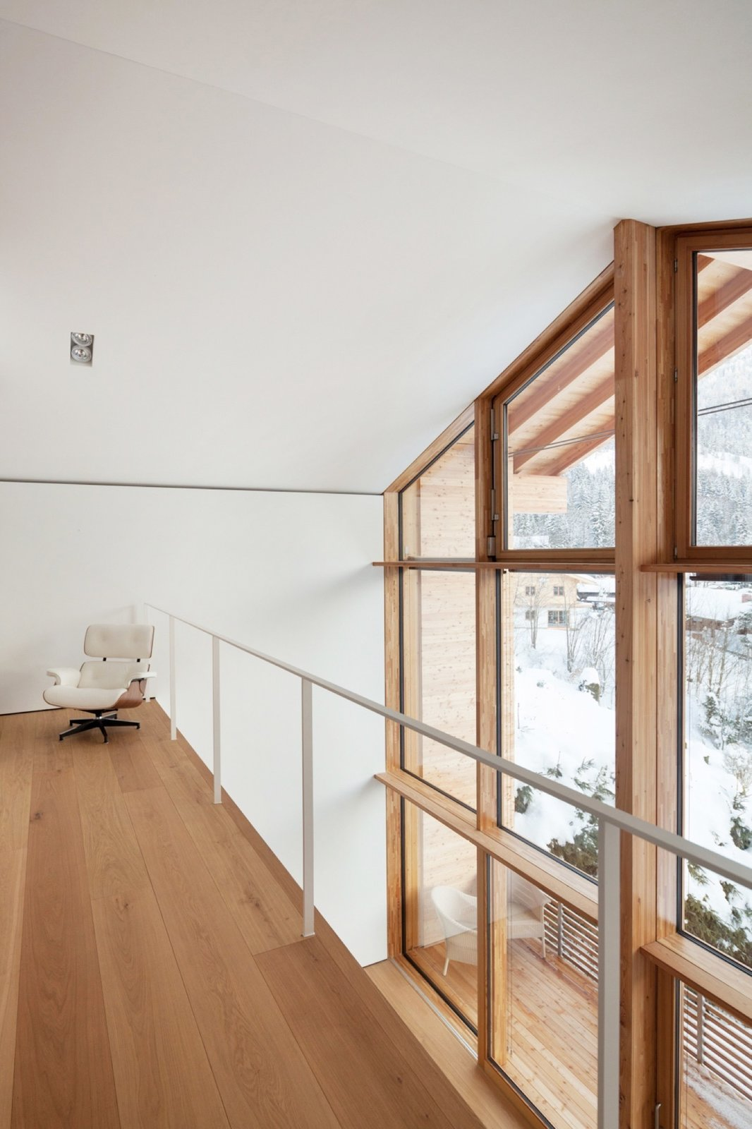German architecture firm Beer Bembé Dellinger designed this vacation getaway in Bayrischzell, Bavaria, for a couple from Munich.   Photo by Sebastian Schels  Haus Z2 in Bayrischzell by Alpine Modern