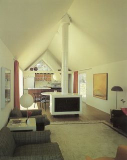 How American Modernism Came to the Mountains - Photo 2 of 20 - Harry Weese's Lavateili House — interior