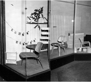 "How American Modernism Came to the Mountains - Photo 13 of 20 - Window display at the Baldwin Kingrey store in Chicago — ""Eames Design"""