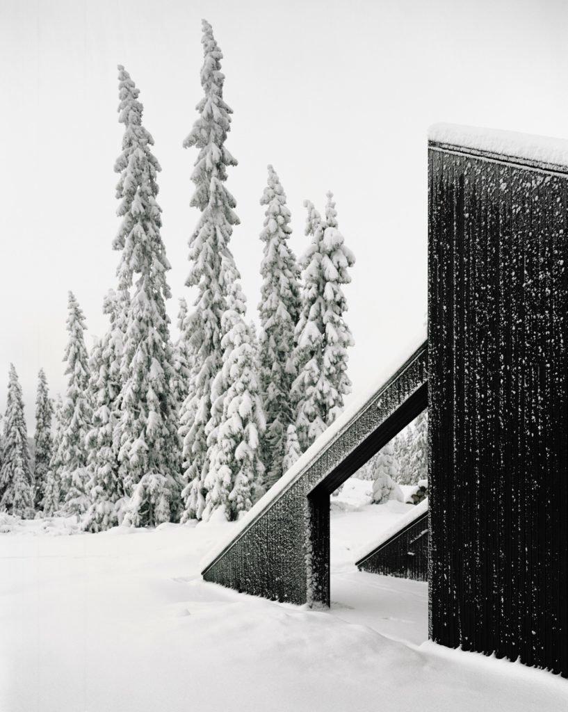 Photo 15 of 18 in The Vindheim Cabin: Snowbound in Norway