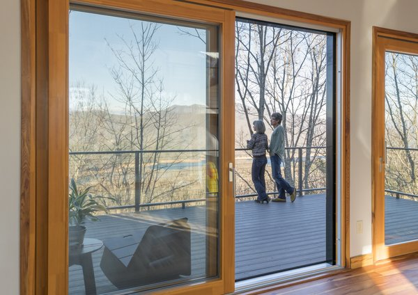 Lift & Slide Door - Zola Thermo Clad Photo 3 of Love Shack modern home