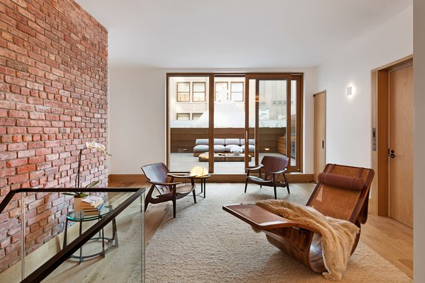 Zola Lift & Slide Door offering outstanding thermal and acoustic performance while showcasing expansive views of downtown Manhattan. Photo 16 of An Historic TriBeCa Building Reborn modern home