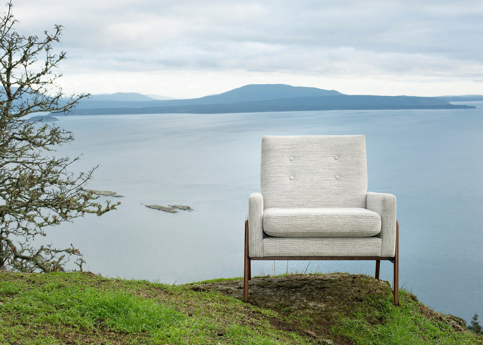 The textures and colors found in nature often help to inform both our collections and our approach to our lookbooks. Here, the beauty of the Southern Gulf Islands off the coast of Vancouver provide a dramatic backdrop.  Modern Spaces in the Pacific Northwest by William Lamb from Brushing Up On Vancouver's Art Scene