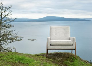 The textures and colors found in nature often help to inform both our collections and our approach to our lookbooks. Here, the beauty of the Southern Gulf Islands off the coast of Vancouver provide a dramatic backdrop.