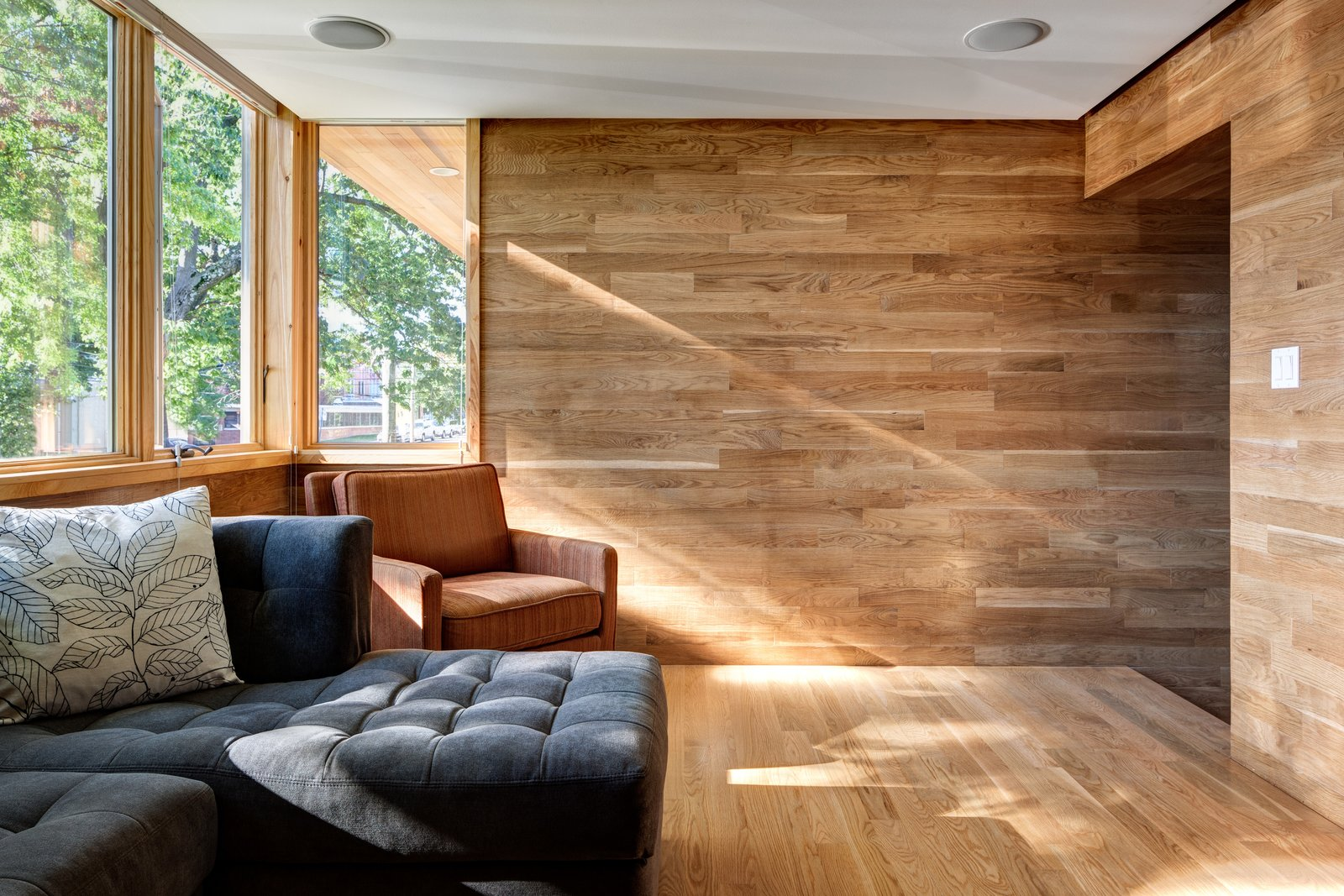 Tagged: Living Room, Sofa, Chair, and Ceiling Lighting.  Oak Row House by Jeff Jordan Architects