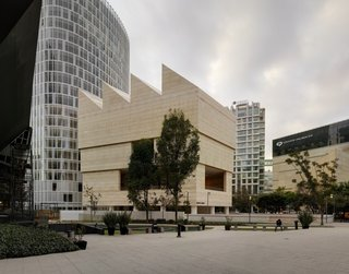 David Chipperfield's Arthur Rosenblatt Memorial Lecture - Photo 5 of 6 - Museo Jumex, Mexico City. Copyright: Simon Menges.
