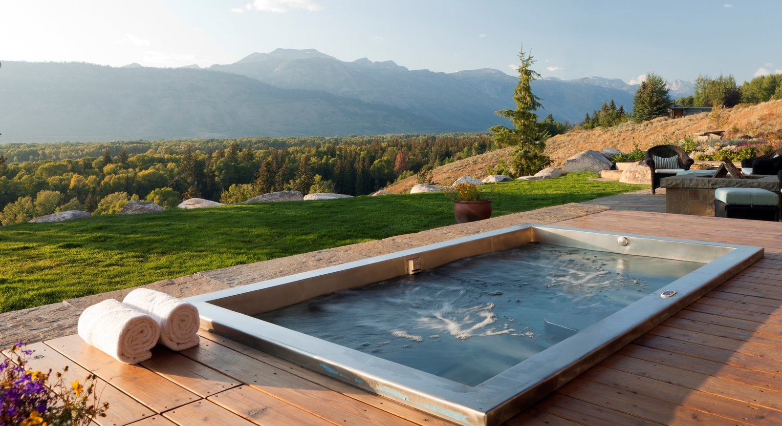 Photo 8 of 11 in 10 Modern Hot Tubs from Japanese-Inspired Backyard ...