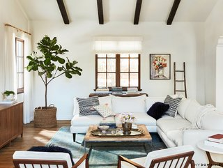Tour Lauren Conrad's Elegant, Light-Filled Home in the Pacific Palisades - Photo 12 of 23 -