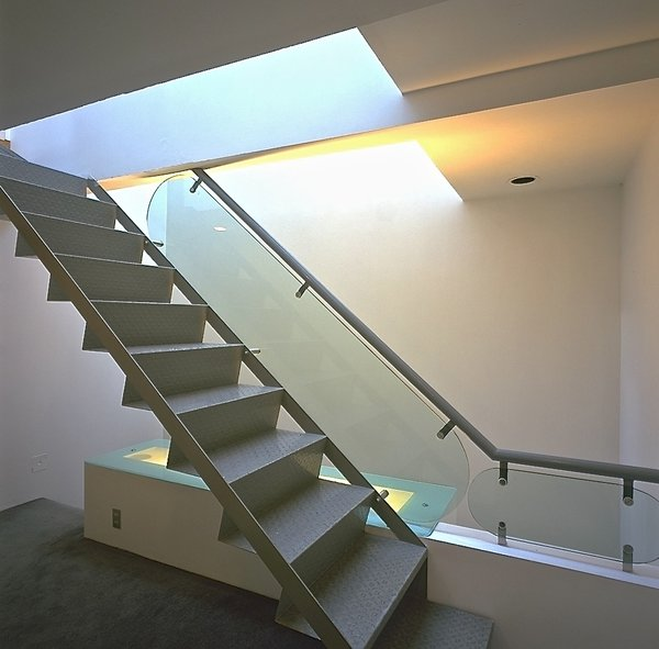 Stairway form first level to roof garden and studio Photo 2 of Casa Lila modern home