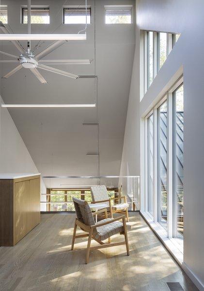 Photo 8 of 3LP Residence modern home