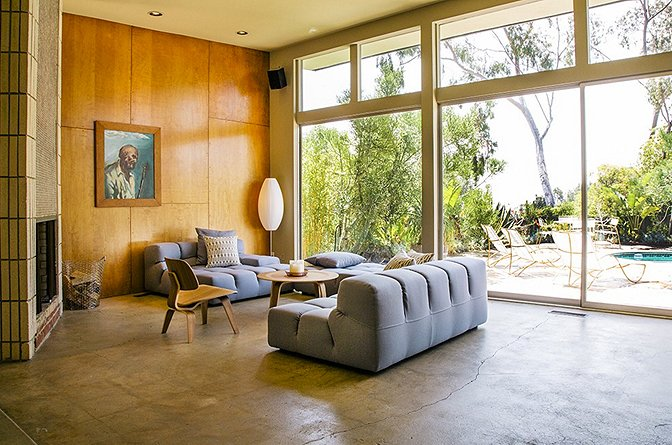 Photo 7 of 11 in 10 of the Best Architectural Homes You Can Actually Stay In