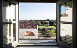 A Portuguese village reimagined as an architectural hotel by Eduardo Souto de Moura - Photo 12 of 15 -