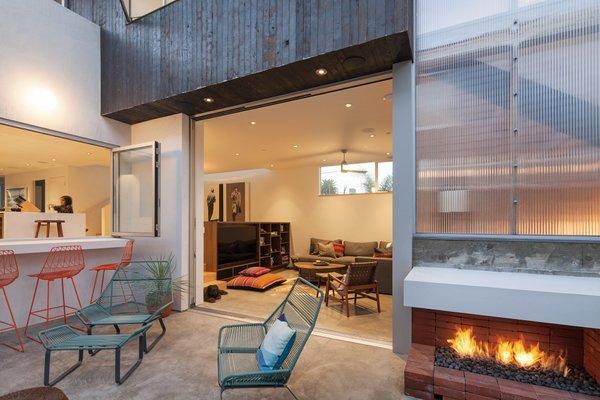 Photo 19 of Grandview House modern home