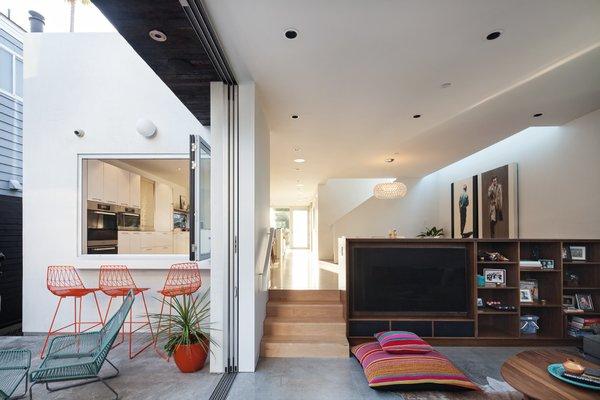 Photo 11 of Grandview House modern home