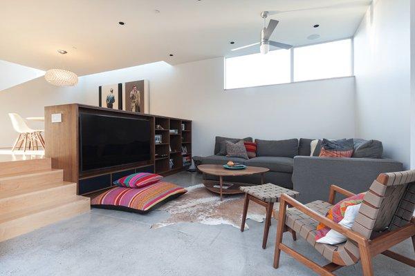 Photo 8 of Grandview House modern home