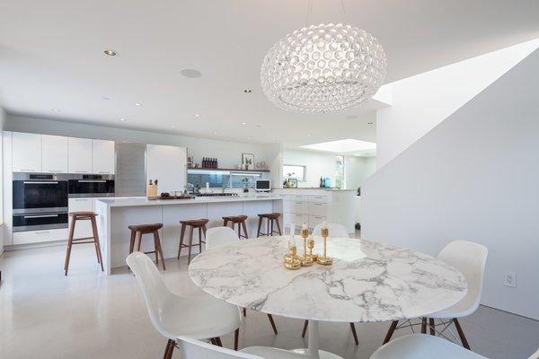 Photo 10 of Grandview House modern home