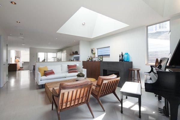 Photo 16 of Grandview House modern home