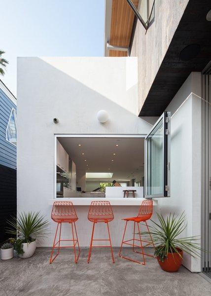 Photo 4 of Grandview House modern home