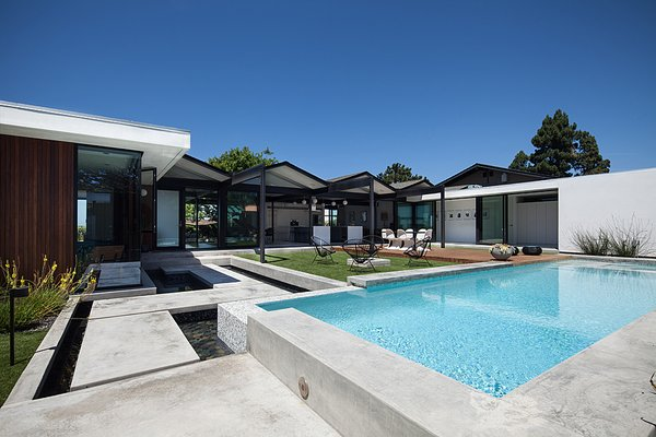 Photo 9 of Henbest House modern home