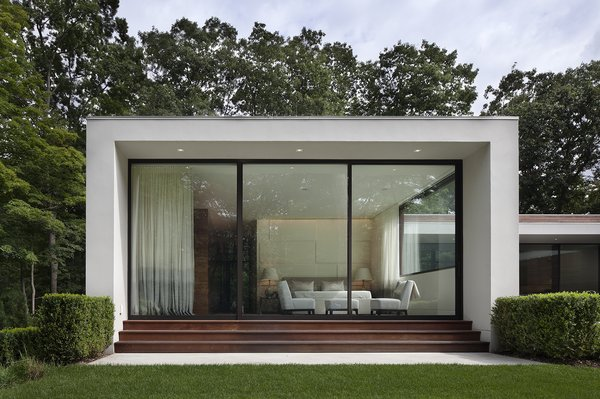 Photographer: Elizabeth Felicella Photo 7 of New Canaan Residence modern home