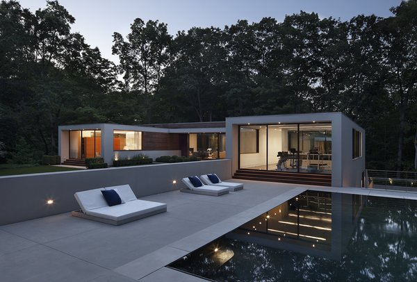 Photographer: Elizabeth Felicella Photo 6 of New Canaan Residence modern home