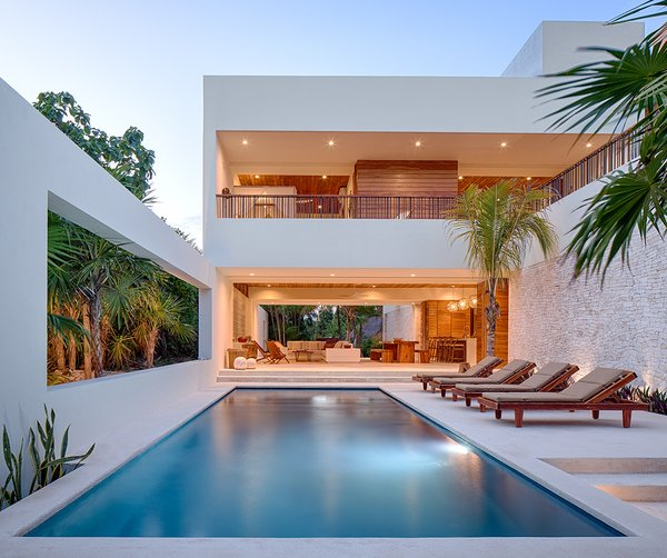 Photographer: Taggart Sorenson Photo  of Casa Xixim modern home