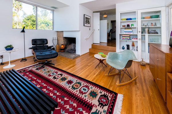 Photo  of RM Schindler Bungalow modern home