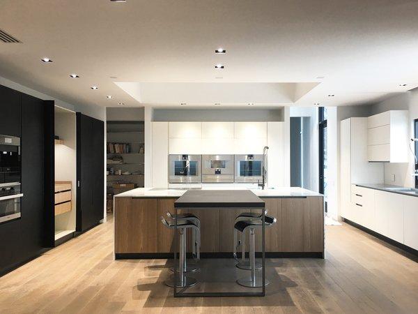 Photo  of Poliform SLC modern home
