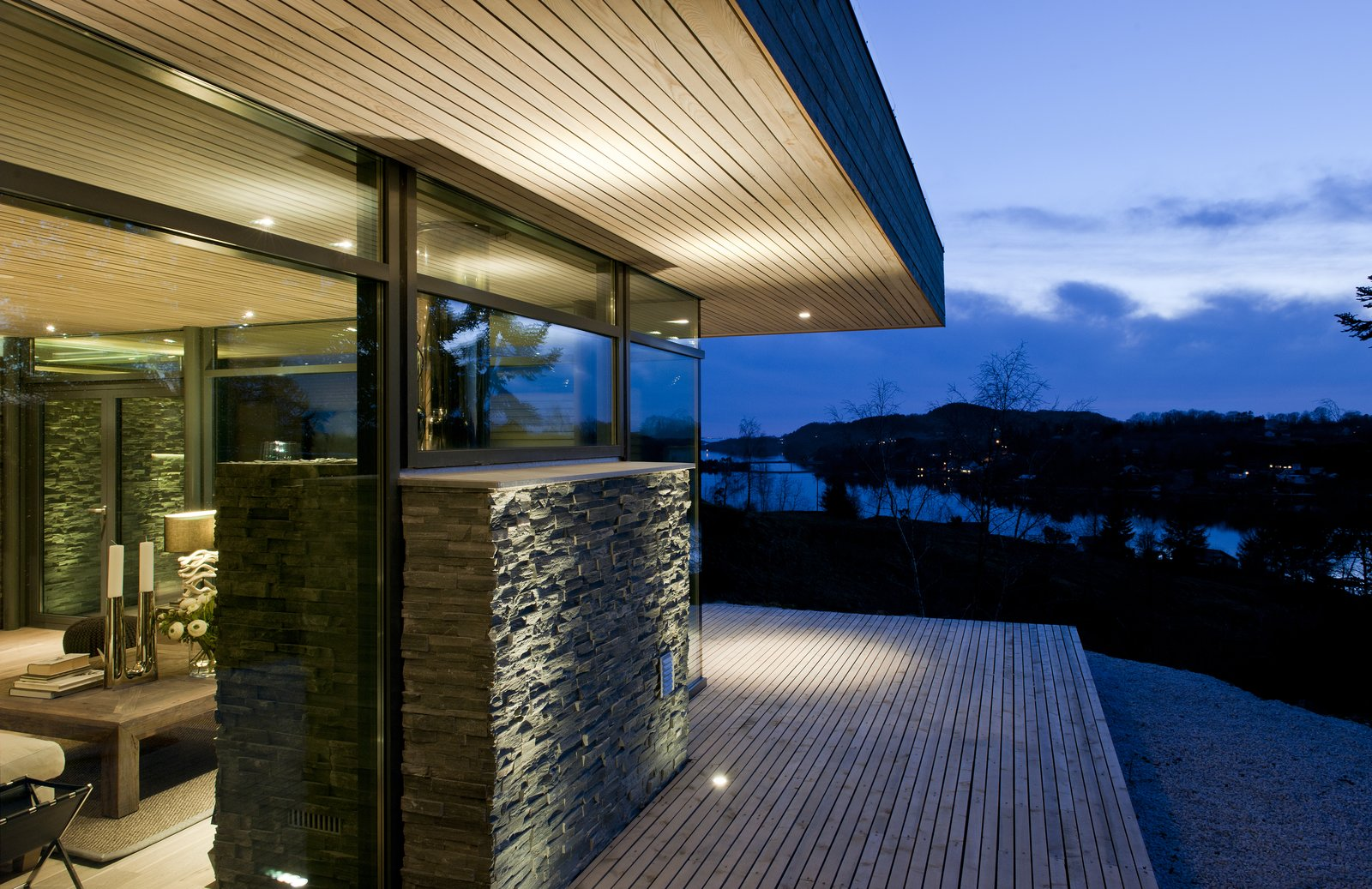 Cabin GJ-9 by Gudmundur Jonsson Architect