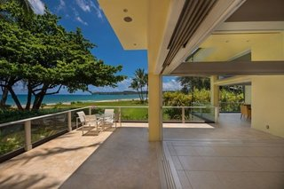 Hanalei Bay Villa – Contemporary Home on Hanalei Bay Offering Art & History - Photo 2 of 9 - Expansive views and indoor/outdoor living