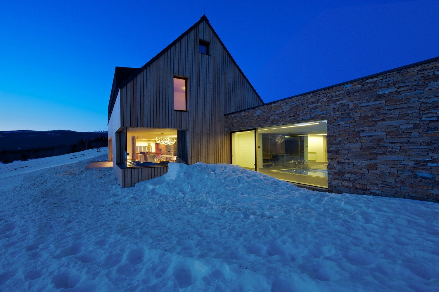 "Mountain Chalet ""Tereza"" by ADR Architects"