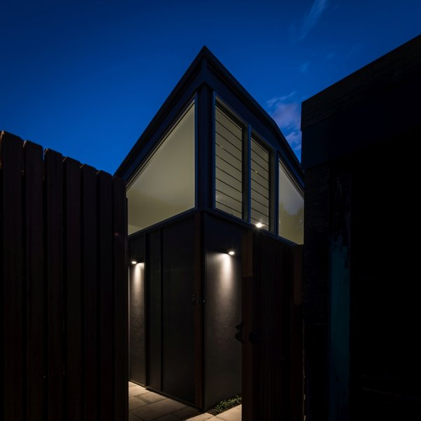 Entry from rear lane Photo 11 of Cooks Hill Granny modern home