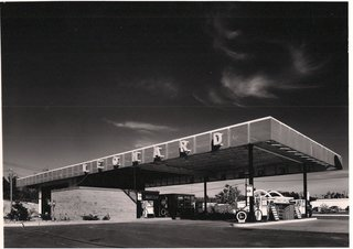 Mid-Century Modern Michigan Service Stations  by Alden B. Dow - Photo 3 of 4 - The Leonard Service Staion in Ann Arbor