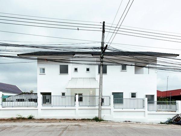 Photo 3 of CATHOLIC PRIEST HOUSE CHOM THONG modern home