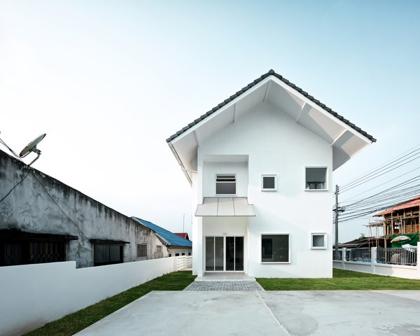 Modern home with outdoor. Photo 5 of CATHOLIC PRIEST HOUSE CHOM THONG