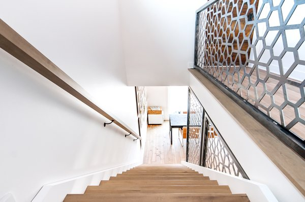 Staircase with custom made steel wall Photo 4 of Concept DUB House modern home
