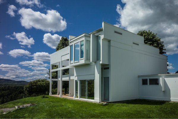 House II / Falk House: View of rear elevation Photo 4 of House II / Falk House modern home