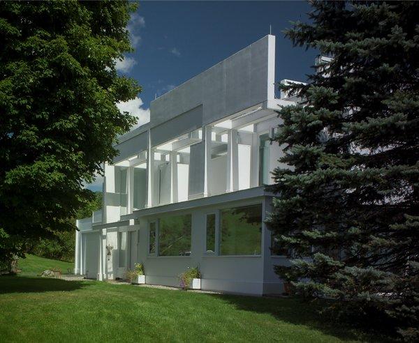 House II / Falk House: View of front elevation Photo 6 of House II / Falk House modern home