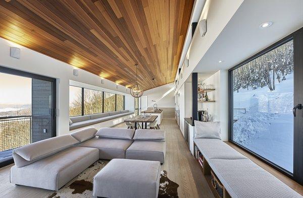Photo 7 of Laurentian Ski Chalet modern home