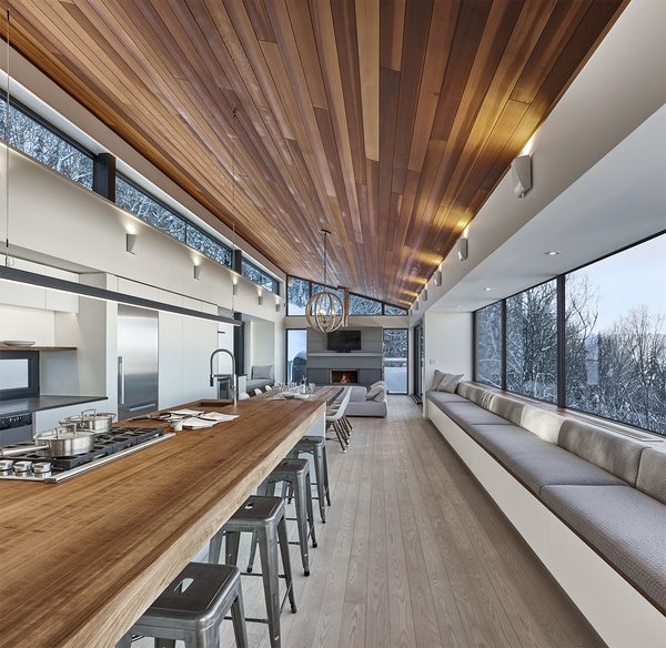 By RobitailleCurtis Photo 5 of Laurentian Ski Chalet modern home