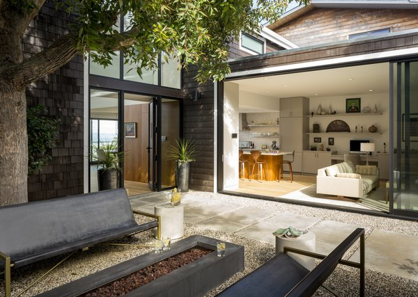 Photo  of Digby Residence modern home