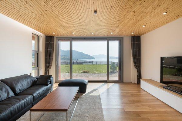 Photo 11 of Geoje House (迎海雅院) modern home