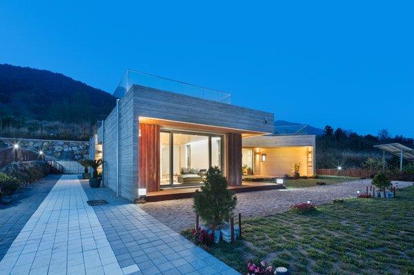 Geoje House (迎海雅院)