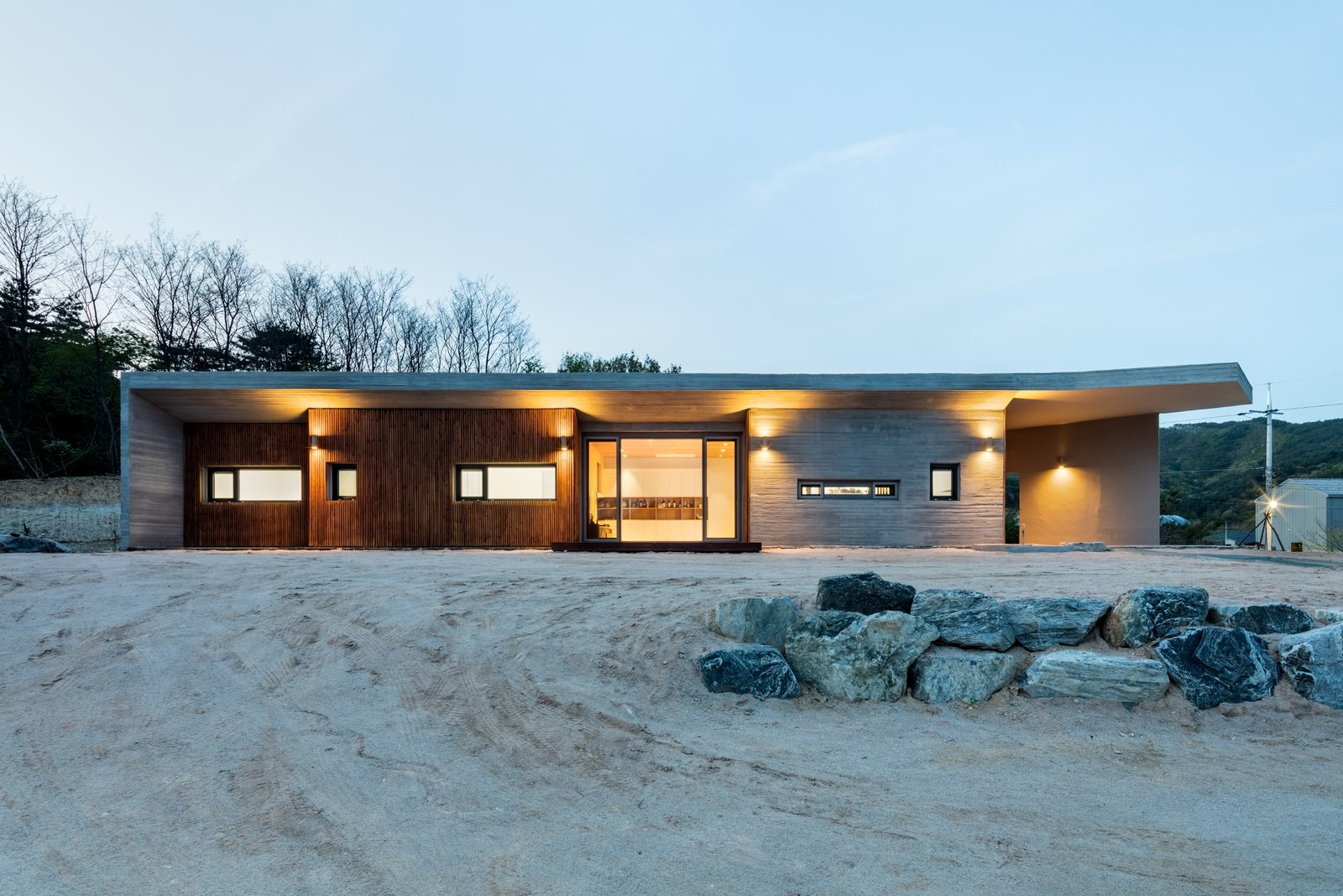 front view Tagged: Outdoor, Concrete Patio, Porch, Deck, Front Yard, and Wood Patio, Porch, Deck.  Apple Farm House by 2m2 architects