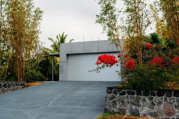 Photo 3 of The Robert Trickey House | A Hawaiian Retreat modern home